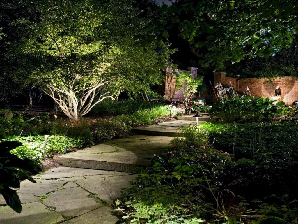 robert-hursthouse-pathway-o-jpg-rend-hgtvcom-1280-960
