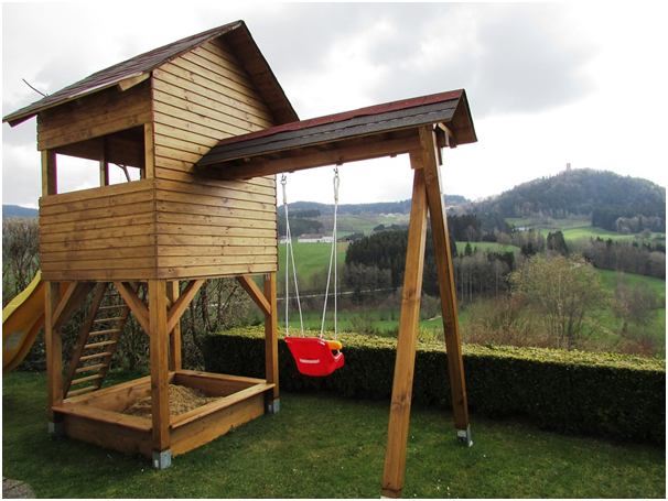 Which wood is best for outdoor play equipment   Meditnor