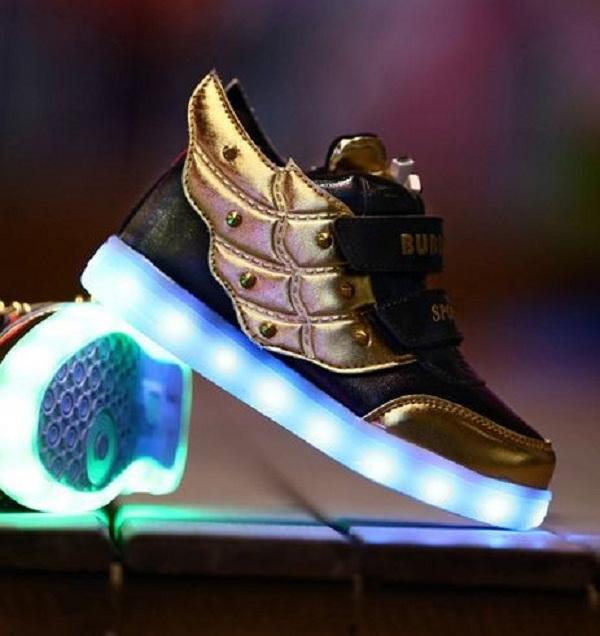 children-7-Colors-Fashion-LED-Sneakers-USB-Charging-Lights-shoes_2804186_3e758f41260d089349b743825e35ec20
