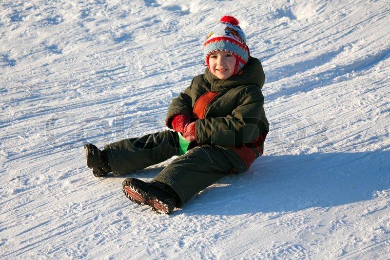 little-child-fun-winter-outdoor-snow-sport-sled